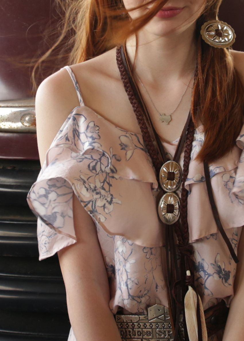double concho necklace brown