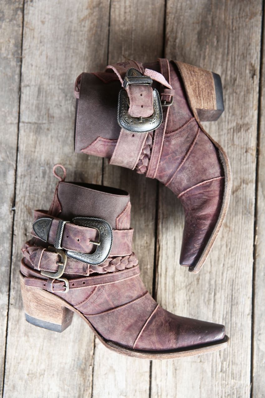 hwy 237 boot - distressed brown