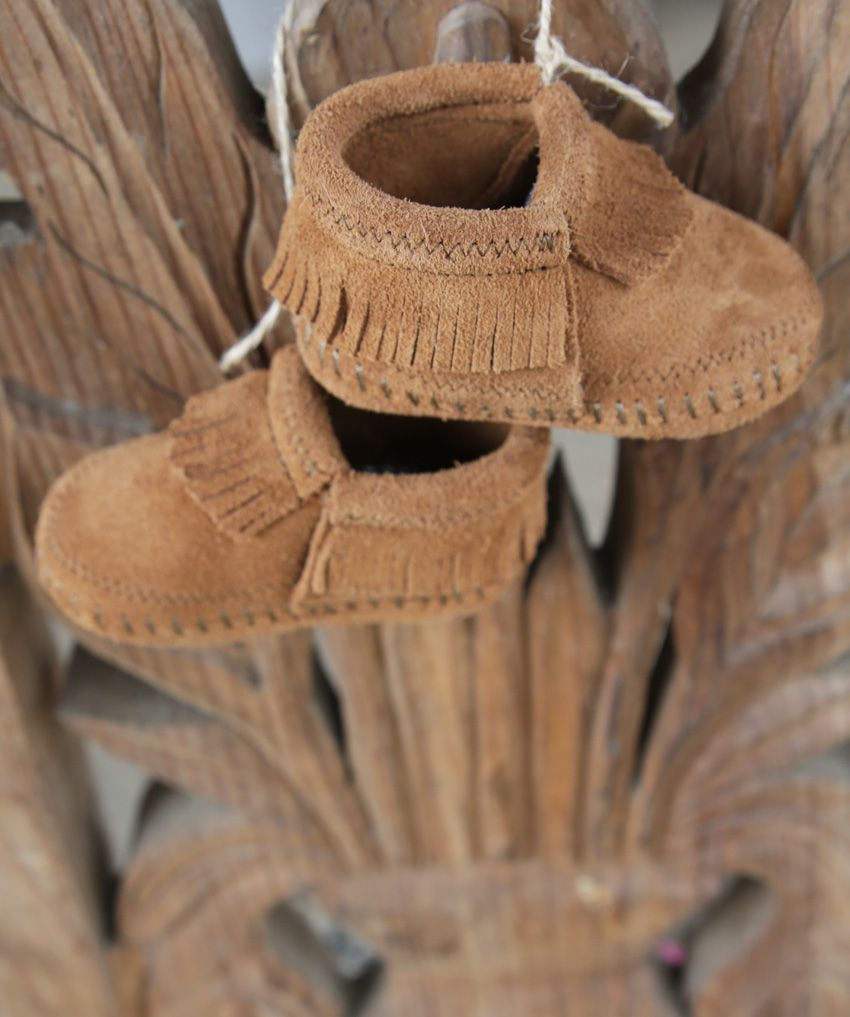 riley infant bootie - brown