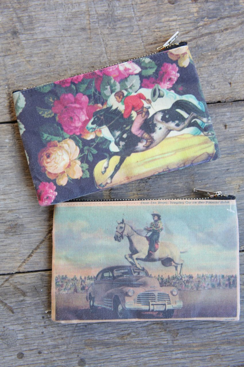 retro images zipper pouch-small