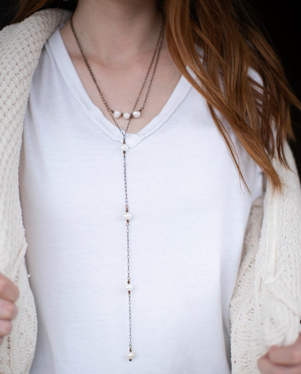 hi/lo chain & pearl necklace