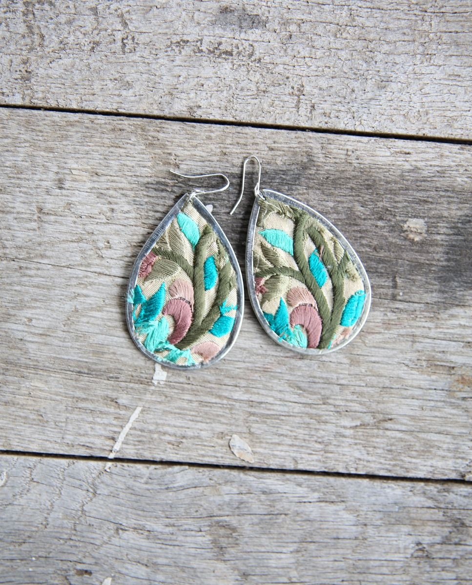 wildflower floral embroidered earring - several color options available!