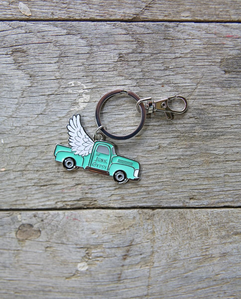 jg truck with glitter wings keyring