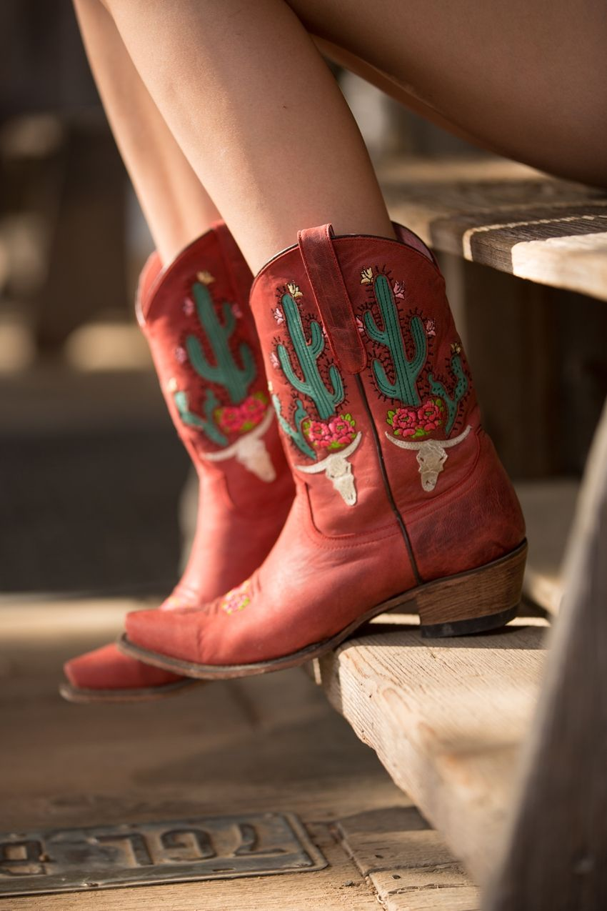 bramble rose boot - red