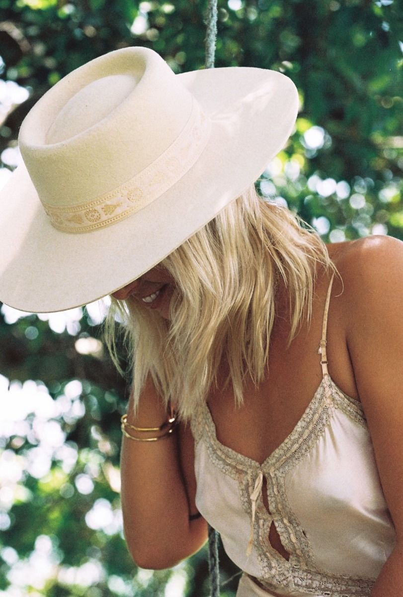 Lack of Color Juno Boater Hat - Cream