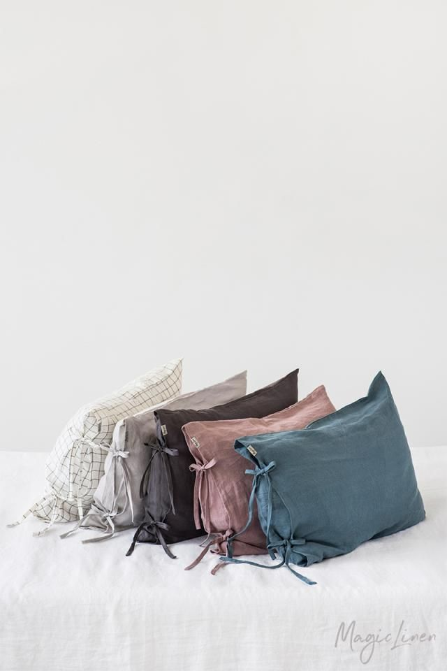 Magic Linen Pillowcases with Ties