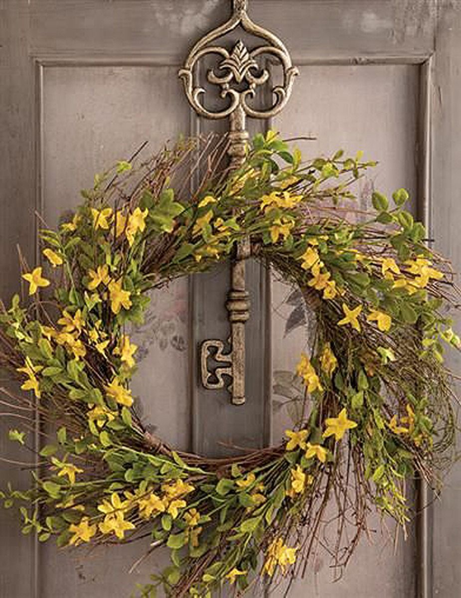 aged skeleton key wreath hanger