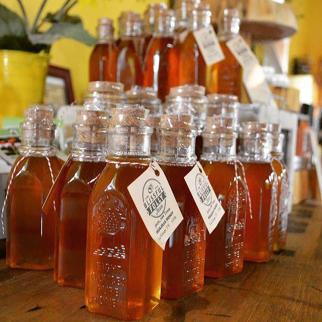 blissful folly homegrown texas honey - 1/2 lb honey