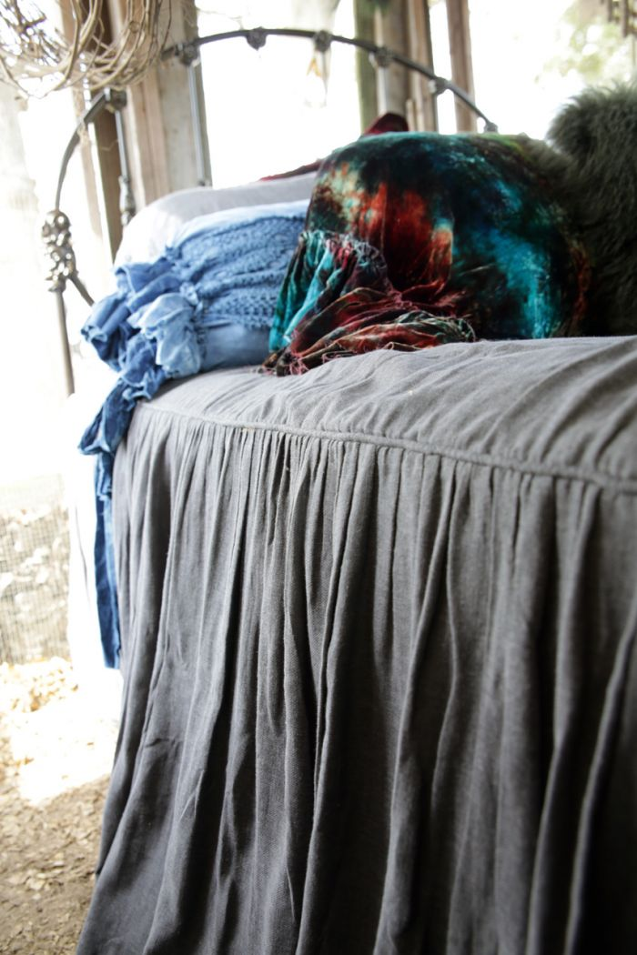 the Augusta bedspread - charcoal