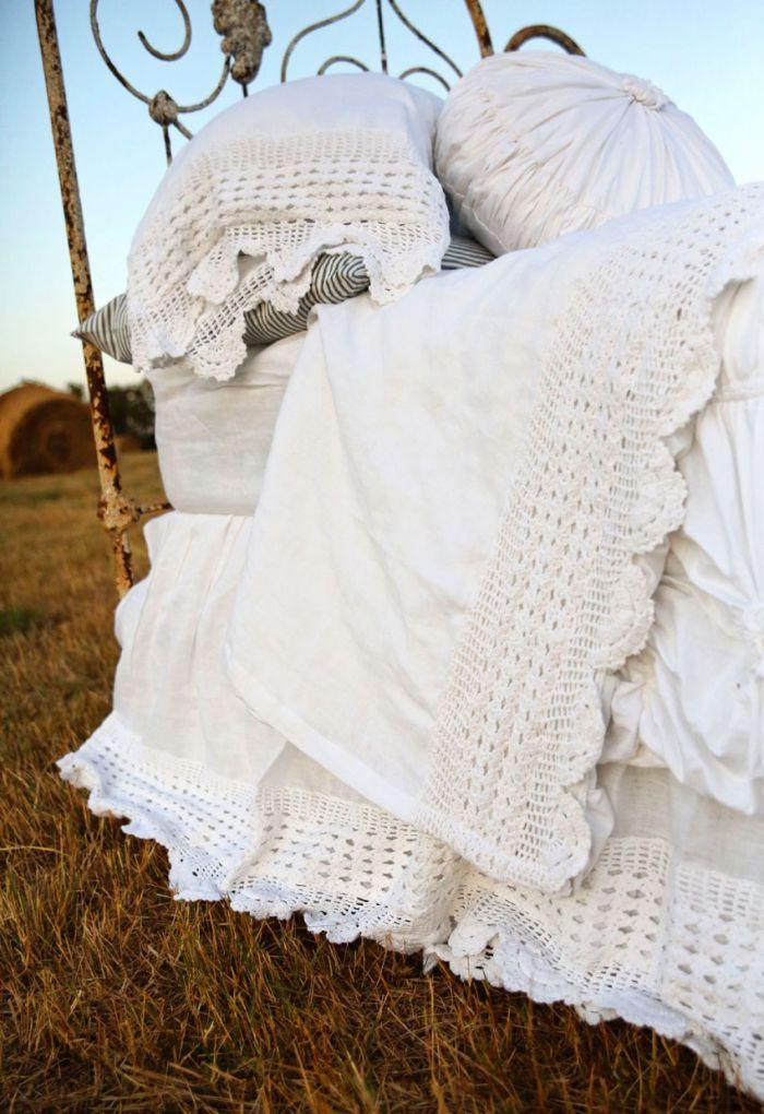 the lucinda crochet linen sheet set- cloud