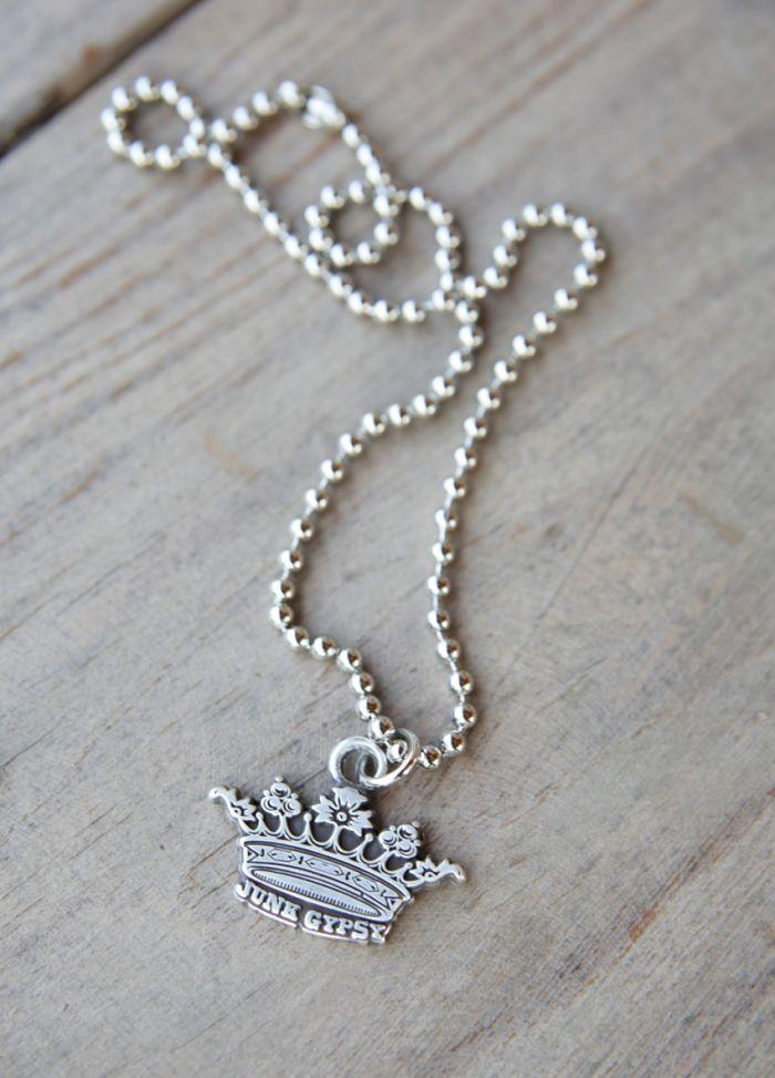 junk gypsy crown pendant necklace