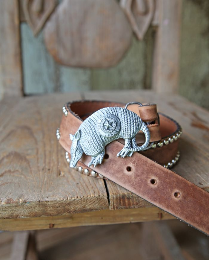 retro armadillo buckle