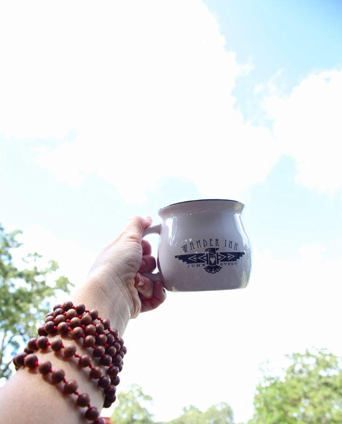 wander inn mug