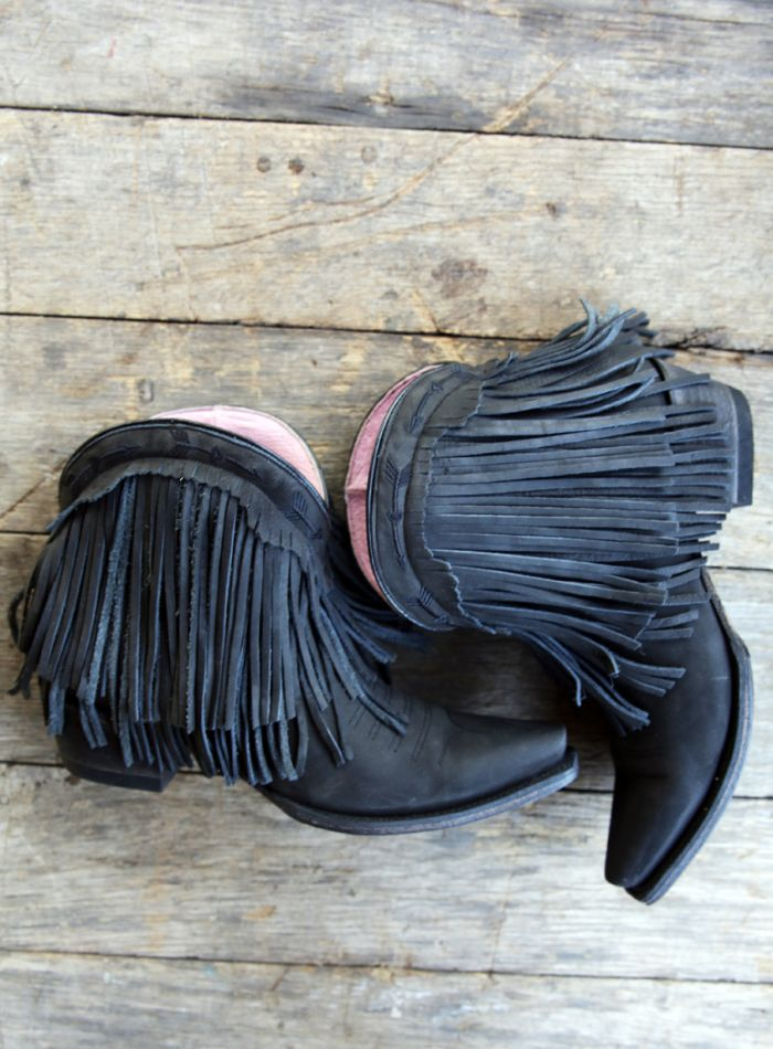 the spitfire fringe boot-black