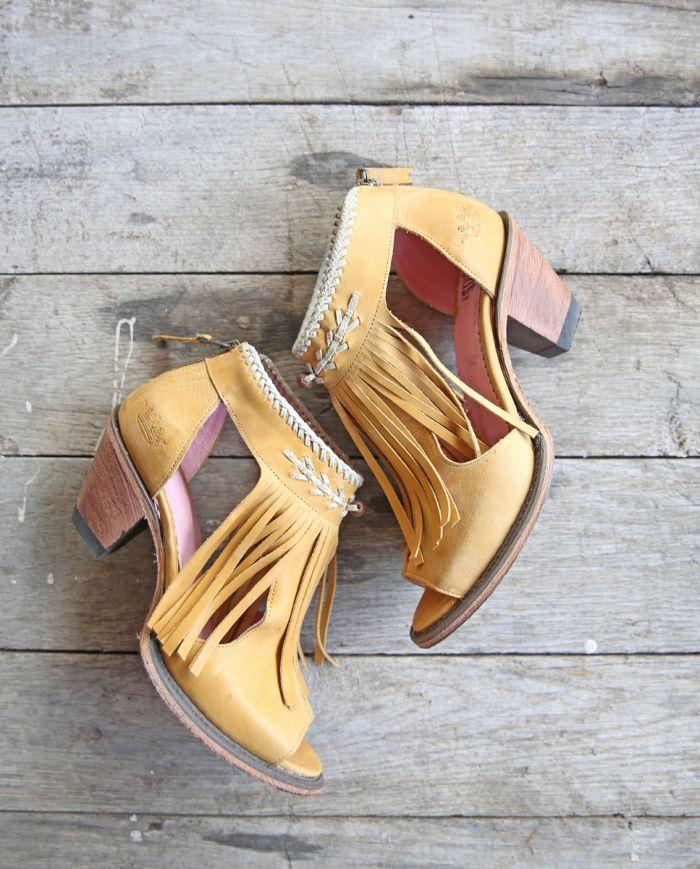 archer boot- mustard