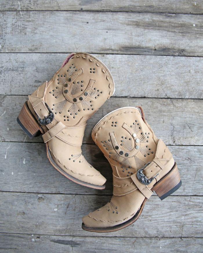 lady fortuna boot - bone