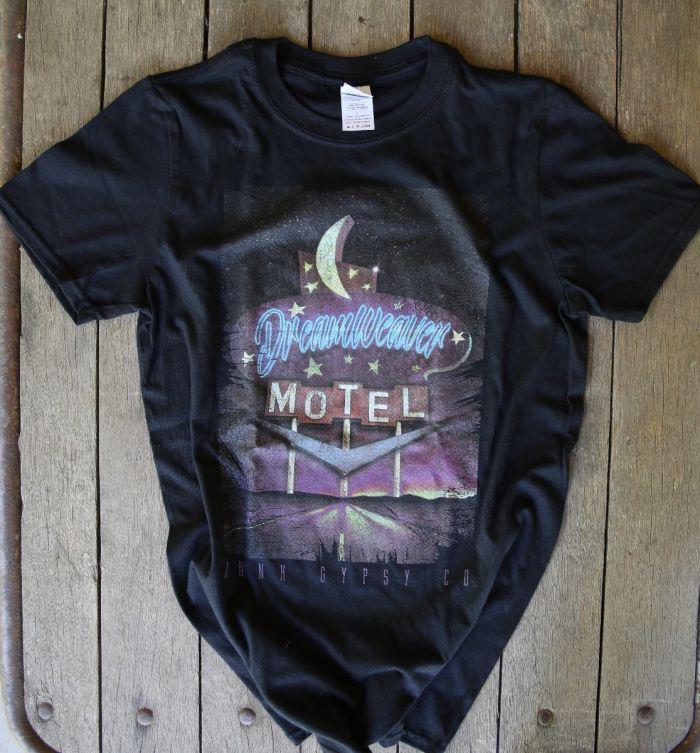 dreamweaver motel black unisex tee