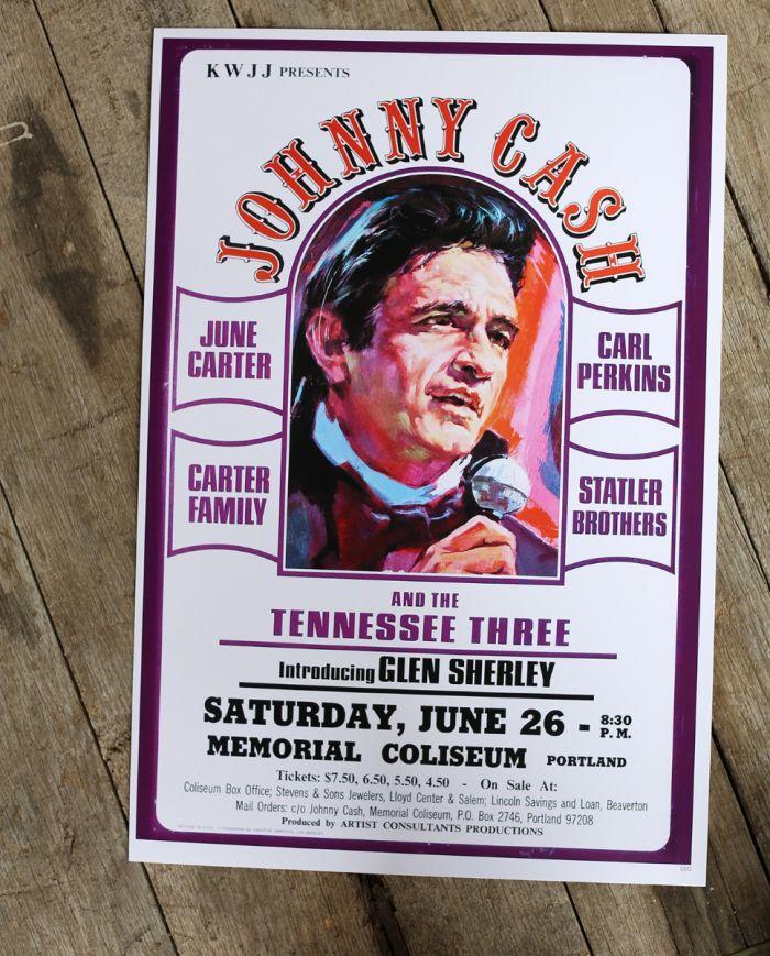 johnny cash - memorial coliseum - poster & postcard