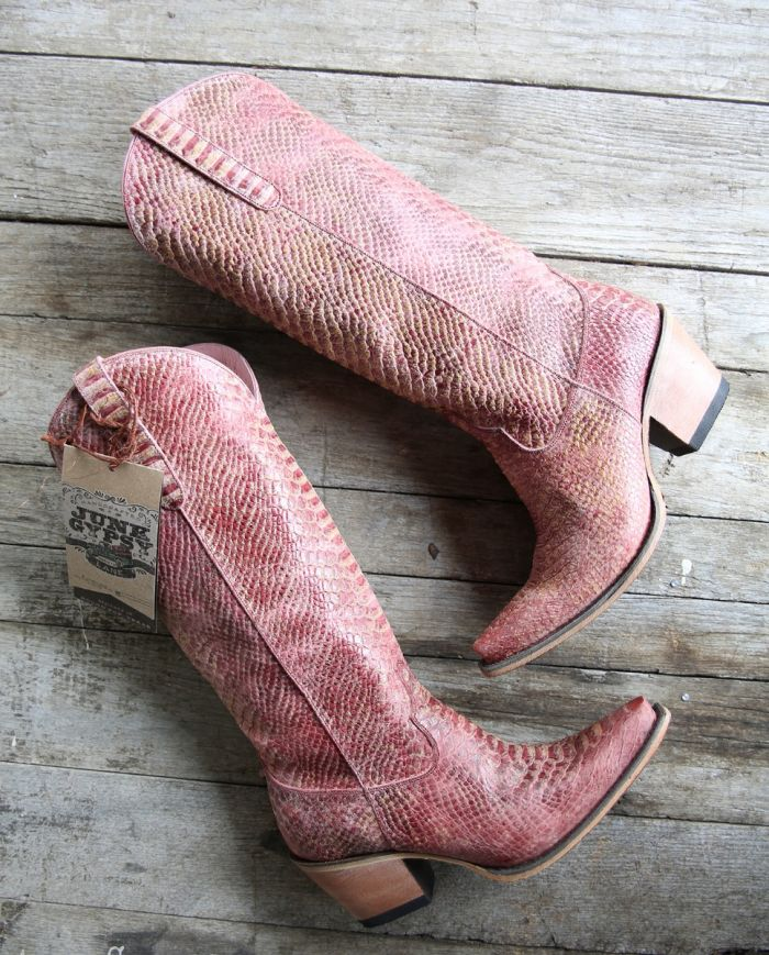 the desert highway boot - pink