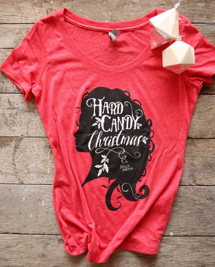 hard candy christmas scoop tee