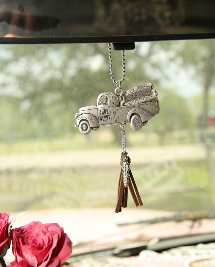 JG junk truck car charm