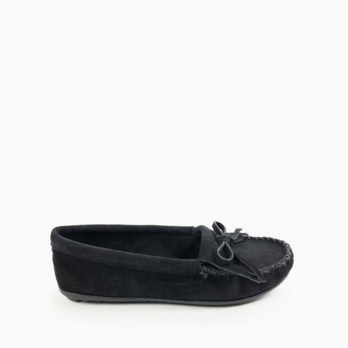 black kilty moccasin