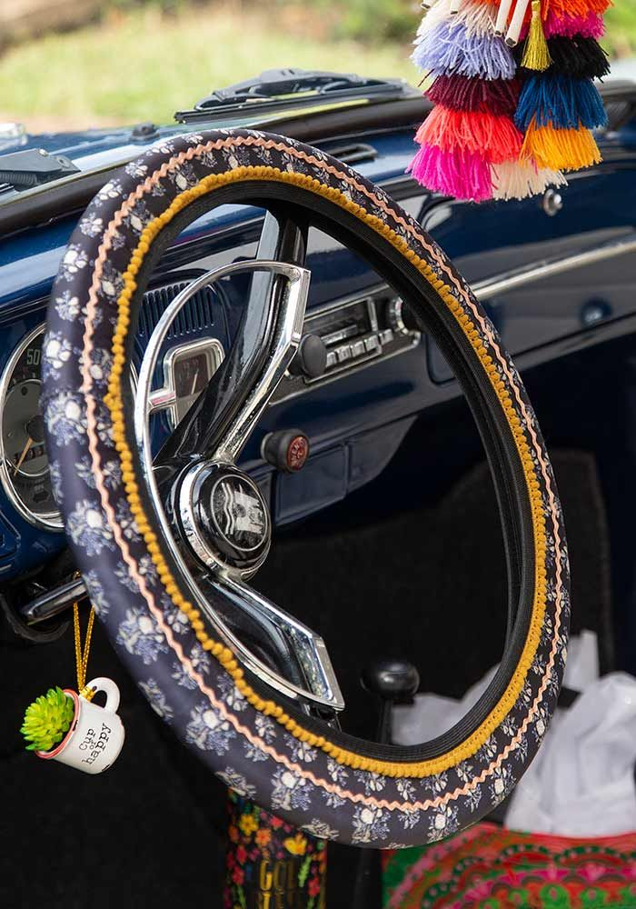 black roses steering wheel cov