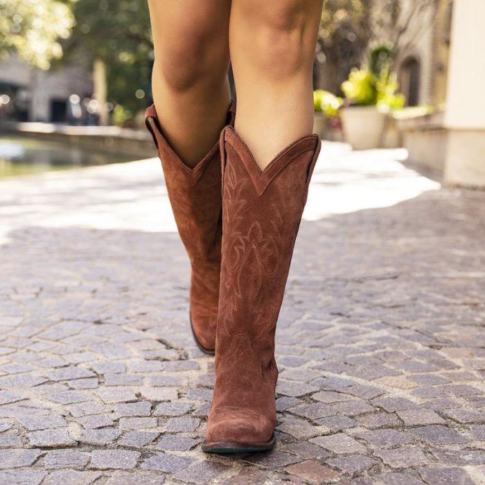 fire away boot - mocha suede