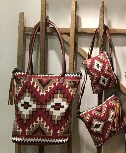 pebble sands tote