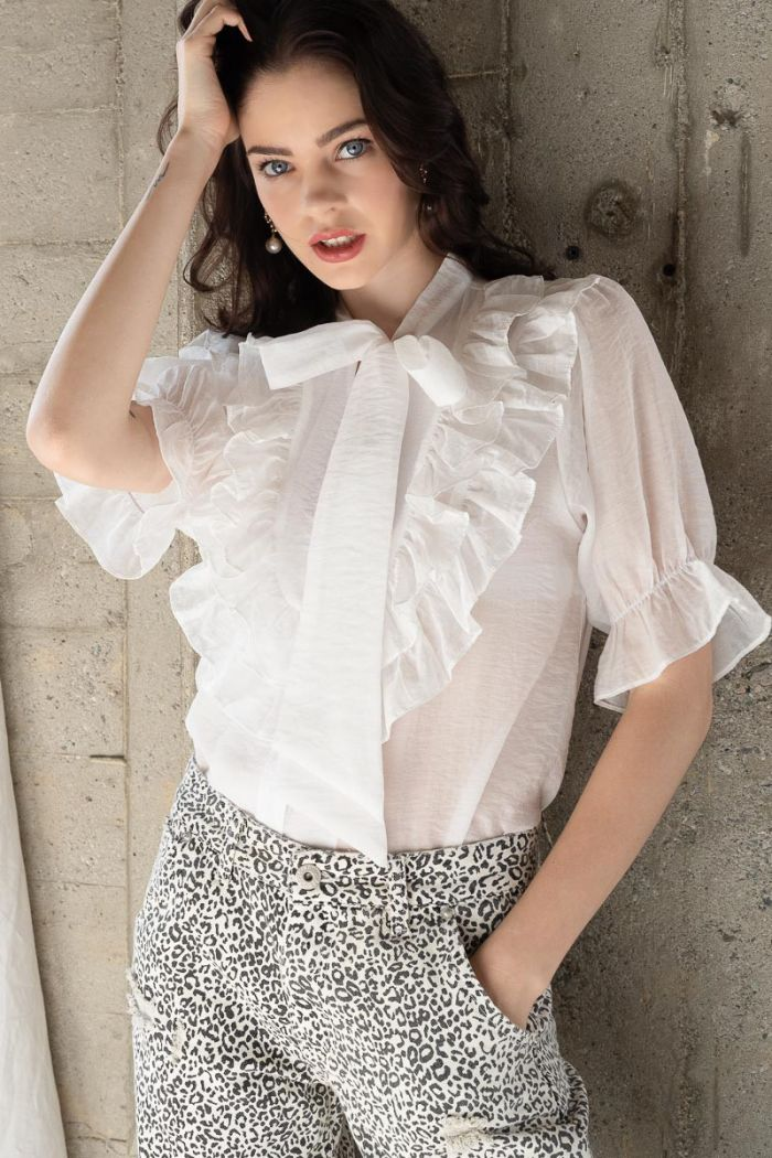 spur of the moment blouse